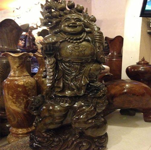 """Những tác phẩm từ gỗ quý của đại gia Việt khiến nhiều người """"hoảng hốt"""" khi nghe giá - Ảnh 1"""