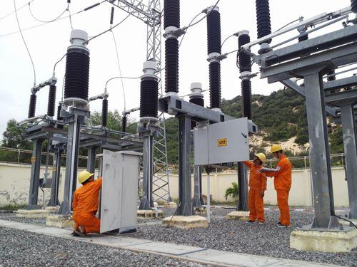 Đảm bảo cung cấp điện ổn định trong các ngày lễ 30/4 và 1/5 - Ảnh 1