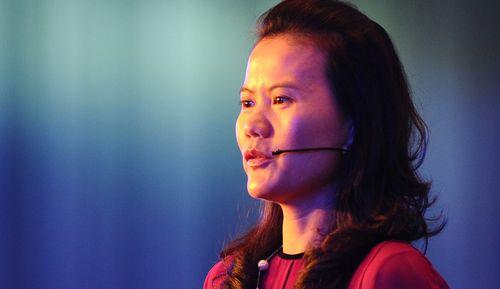 Hành trình trở thành doanh nhân quyền lực của nữ giáo viên đồng sáng lập Alibaba - Ảnh 2