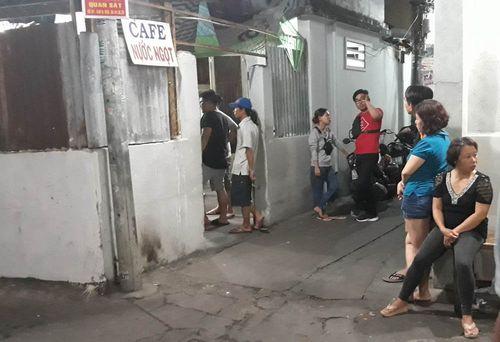 TP.HCM: Phòng trọ nổ lớn rồi bốc cháy dữ dội, một phụ nữ tử vong - Ảnh 1