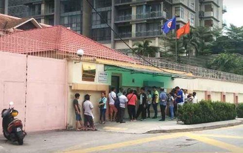 Vụ phụ nữ Việt tự sát trong Đại sứ quán: Bộ Ngoại giao chính thức thông tin  - Ảnh 1