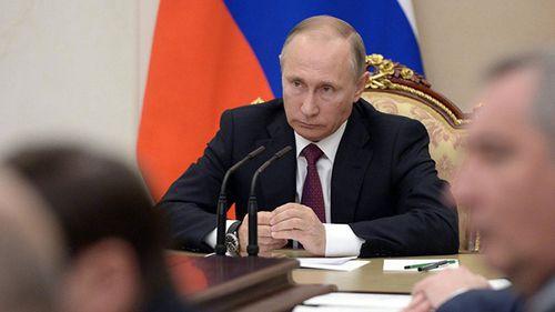 Sau tái đắc cử, Tổng thống Putin bất ngờ sa thải 11 tướng  - Ảnh 1