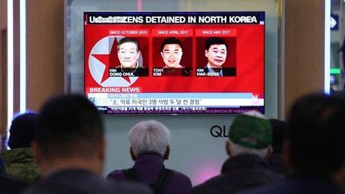 Triều Tiên thả 3 công dân Mỹ trước thềm hội nghị thượng đỉnh - Ảnh 1