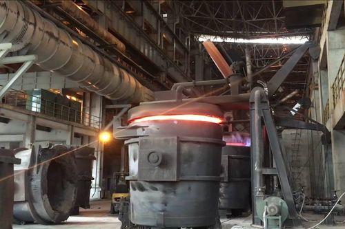 Hải Dương: Cháy vỏ bao chứa vật liệu trong lò thép, 4 công nhân bị bỏng nặng - Ảnh 1