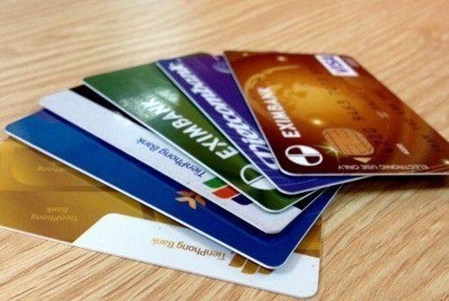 Rà soát lại toàn bộ quy trình phát hành và sử dụng thẻ ATM - Ảnh 1