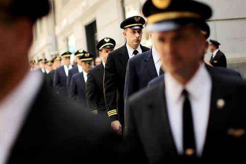 Tò mò lương phi công tại Mỹ được trả bao nhiêu? - Ảnh 1