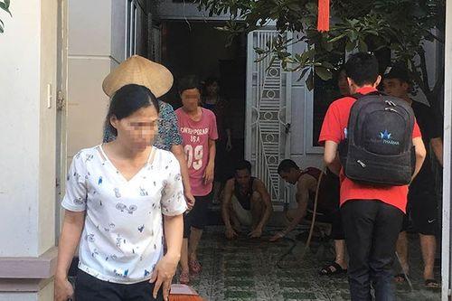 Camera ghi lại cảnh người đàn ông truy sát dã man đồng nghiệp tại Hà Nội - Ảnh 2