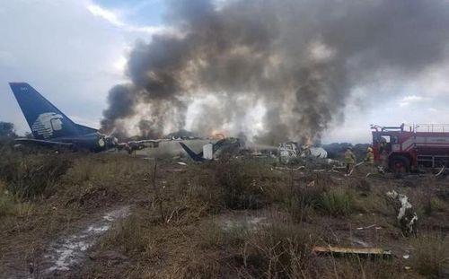 Máy bay rơi tại Mexico, 101 người may mắn sống sót thần kỳ - Ảnh 1