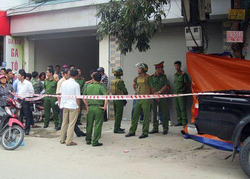 Khởi tố vụ án xả súng bắn chết hai vợ chồng giám đốc ở Điện Biên - Ảnh 1