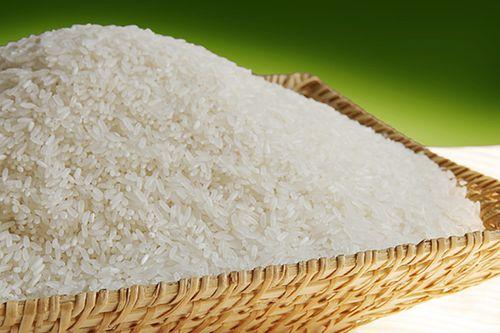 Cô giáo tiểu học giao bài tập về nhà đếm 100 triệu hạt gạo gây tranh cãi - Ảnh 1