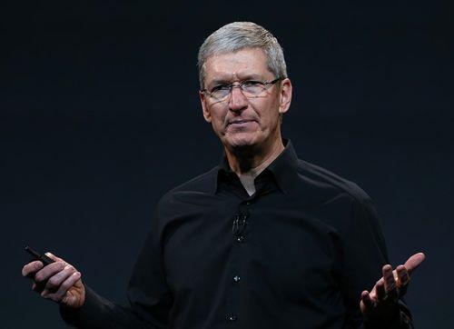 CEO Apple nhận khoản thưởng tiền mặt kỷ lục trị giá 12 triệu USD - Ảnh 1