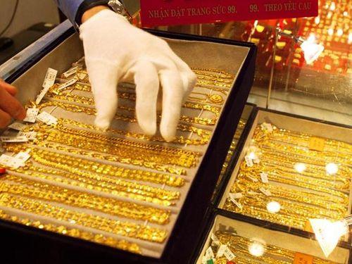 Giá vàng hôm nay 19/1/2019: Vàng SJC bất ngờ giảm mạnh 60.000 đồng/lượng - Ảnh 1