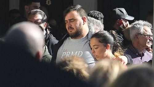 Hàng trăm người đau buồn tiễn đưa bé trai Tây Ban Nha tử vong vì ngã xuống hố sâu 100m - Ảnh 1