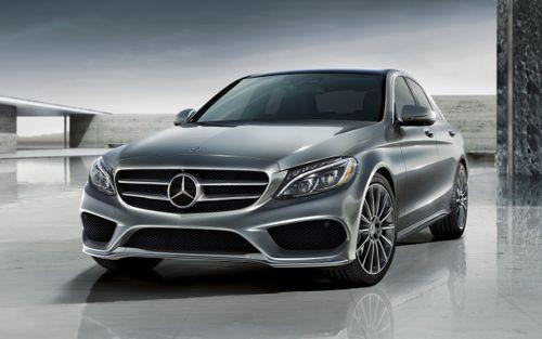 """Bảng giá xe Mercedes mới nhất tháng 1/2019: """"Ông hoàng"""" Maybach S650 vẫn án ngữ mức giá 14,5 tỷ đồng - Ảnh 2"""