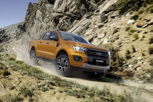 Bảng giá xe Ford mới nhất tháng 1/2019: Everest Titanium 2.0L AT AWD niêm yết 1,399 tỷ đồng - Ảnh 2