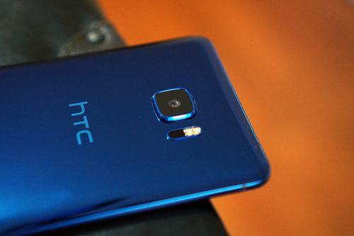 Kinh doanh bết bát, HTC chật vật cả năm không bằng Apple làm 1 ngày - Ảnh 2