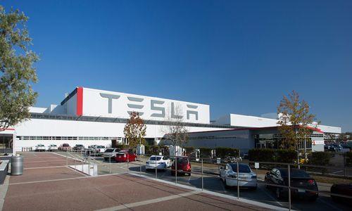 CEO Elon Musk đến Trung Quốc, khởi công nhà máy xe điện 5 tỷ USD - Ảnh 2