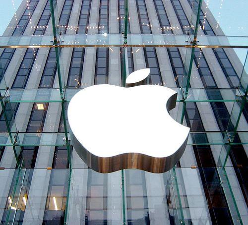Kinh doanh tiếp tục khó khăn, Apple âm thầm yêu cầu nhà sản xuất giảm 10% số lượng iPhone - Ảnh 1