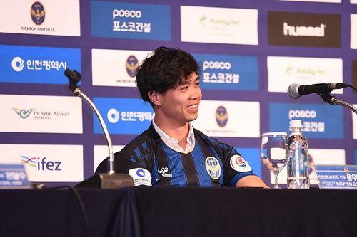 HLV trưởng của Incheon United tiết lộ nguyên nhân chiêu mộ Công Phượng  - Ảnh 1