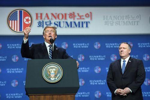 Tổng thống Mỹ Donald Trump rời Hà Nội ngay sau cuộc họp báo - Ảnh 2
