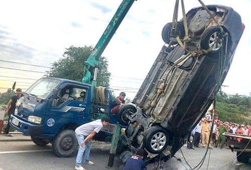 Tin tai nạn giao thông mới nhất ngày 4/2/2019: Tai nạn xe khách, hơn 20 người bị đa chấn thương - Ảnh 2