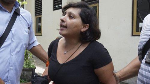 Nữ du khách Anh lãnh án tù vì tát nhân viên xuất nhập cảnh - Ảnh 1