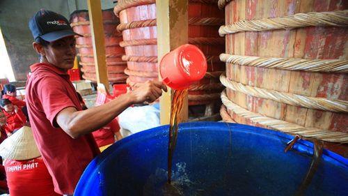 Tạm dừng công bố tiêu chuẩn sản xuất nước mắm - Ảnh 2