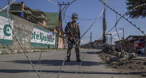 Binh lính Ấn Độ, Pakistan đấu súng dữ dội ở biên giới, căng thẳng tiếp tục leo thang - Ảnh 1