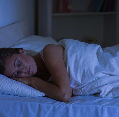 4 chỉ dẫn giúp bạn giảm cân, giảm mỡ bụng hiệu quả ngay trong khi ngủ - Ảnh 2