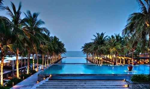 Choáng ngợp trước vẻ đẹp của 3 khu nghỉ dưỡng Việt Nam nổi tiếng thế giới - Ảnh 11