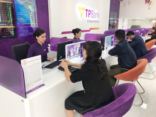 TPBank khai trương liên tiếp 2 điểm giao dịch mới tại Cẩm Phả, Quảng Ninh và TP. Vinh - Ảnh 2