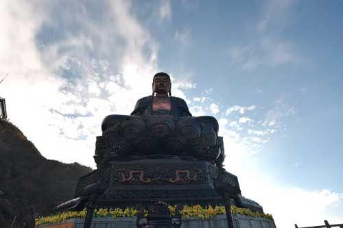 Thán phục trước sự kỳ vĩ của những công trình tâm linh trên đỉnh Fansipan - Ảnh 6