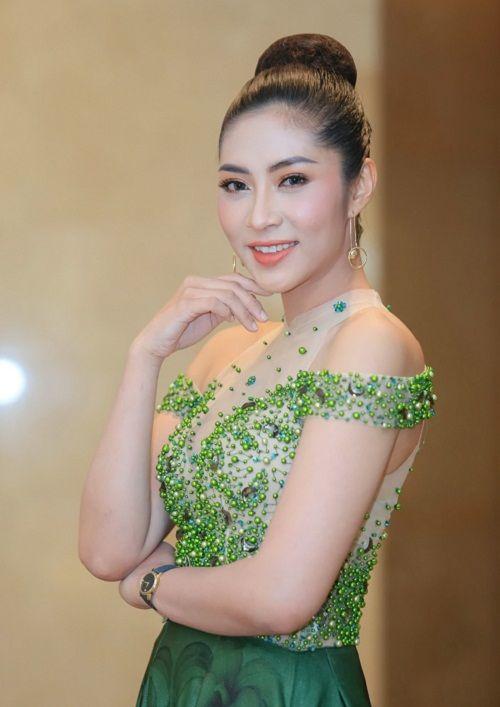 Đặng Thu Thảo lên tiếng khi trả vương miện vẫn dùng danh hiệu Hoa hậu đại dương đi sự kiện - Ảnh 1