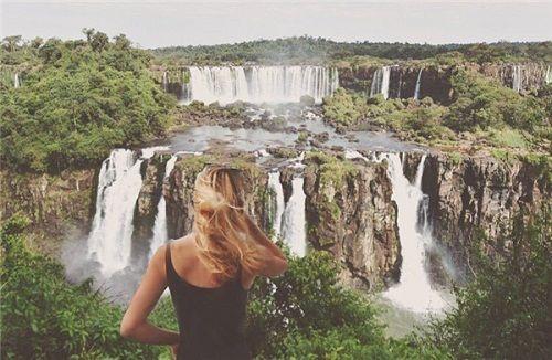 Dân mê phượt choáng với cô nàng một mình đi qua 196 nước trên thế giới - Ảnh 10