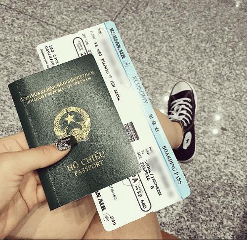 Đừng dại khoe vé máy bay lên mạng bạn có thể gặp rắc rối đấy - Ảnh 1