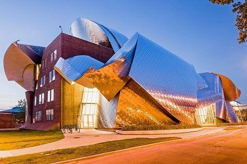 """Những công trình kiến trúc kỳ lạ, độc đáo """"thách thức"""" mọi định luật vật lý - Ảnh 11"""