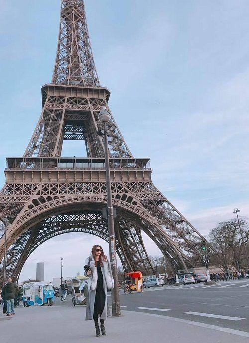 Ngắm bộ ảnh ngẫu hứng với thần thái sang trọng của Hồ Ngọc Hà tại Paris - Ảnh 2