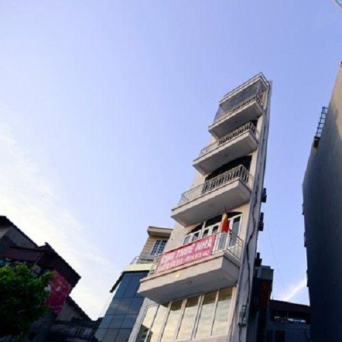 """Ngắm loạt ảnh về những ngôi nhà """"siêu mỏng"""" có """"1-0-2"""" ở Việt Nam - Ảnh 8"""