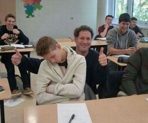 Loạt ảnh cho thấy thầy cô cũng có khiếu hài hước thượng thừa không thua học sinh - Ảnh 3