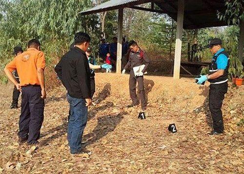 Bé trai sơ sinh bị đâm 14 nhát dao rồi chôn sống ở Thái Lan giờ ra...