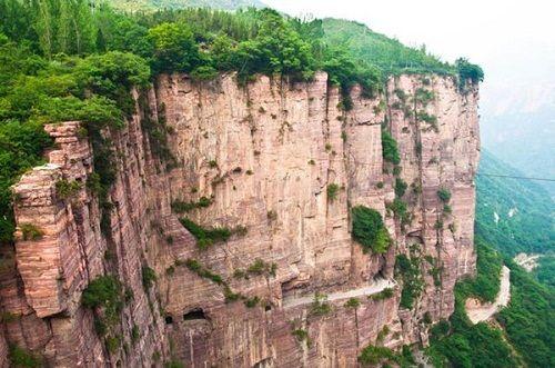 Điểm mặt những đường hầm độc đáo nhất thế giới, Việt Nam góp mặt 1 - Ảnh 4