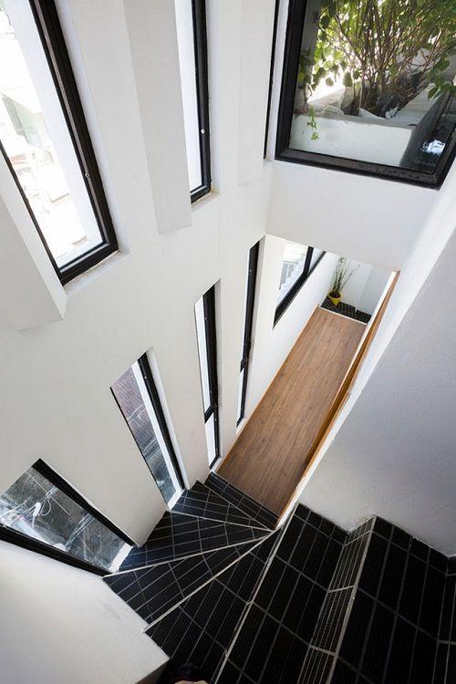 Bất ngờ với thiết kế thông minh, ấn tượng của căn nhà chỉ 18m² ở Sài Gòn - Ảnh 4