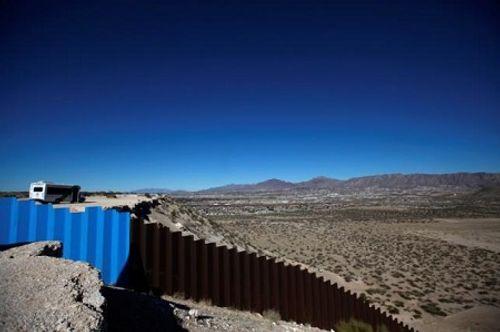 Bức tường biên giới của Donald Trump gặp vấn đề vì rào cản tài chính - Ảnh 1
