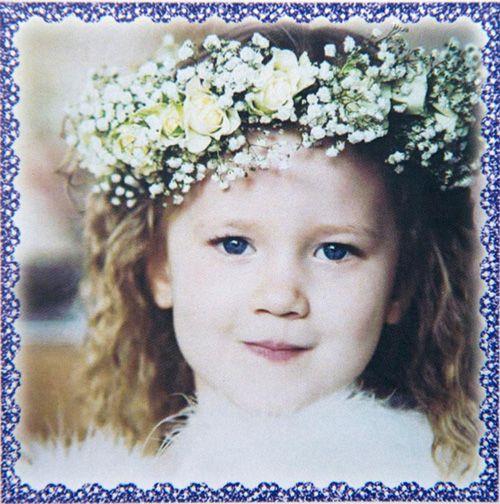 Bố mẹ lặng lẽ khiêng quan tài con mà rỏ lệ: Câu chuyện xúc động sau cái chết của cô bé 4 tuổi - Ảnh 3