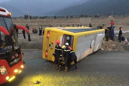 Mùng 4 Tết: 35 vụ tai nạn giao thông, bệnh viện căng mình cấp cứu - Ảnh 1
