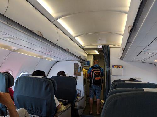 Vị khách nước ngoài lên nhầm máy bay đến Singapore thay vì đi Myanmar - Ảnh 1