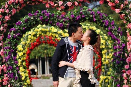 Xuân Bắc sẽ dẫn dắt các cặp đôi chìm đắm trong nụ hôn tại Lễ hội hoa hồng - Ảnh 2