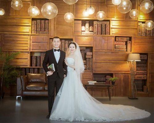 Đám cưới định mệnh của cặp đôi sinh cùng ngày - Ảnh 1