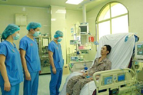 Kỳ tích: Lần đầu tiên Việt Nam ghép phổi thành công từ người cho chết não - Ảnh 2