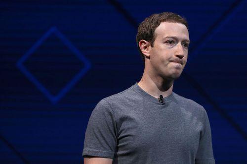"""3,8 tỷ USD """"bốc hơi"""" khỏi túi ông chủ Facebook - Ảnh 1"""